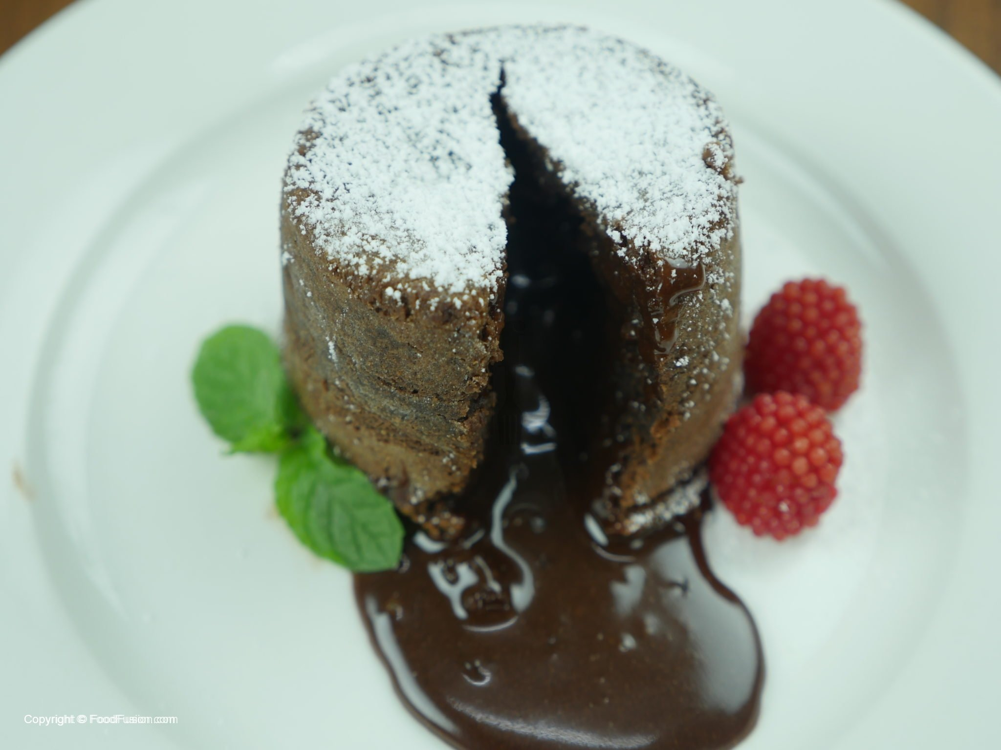 Chocolate Molten Lava Cake Recipe In Urdu